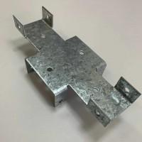 Х кронштейн для забора 60х60/40х20 мм. толщина 2мм.